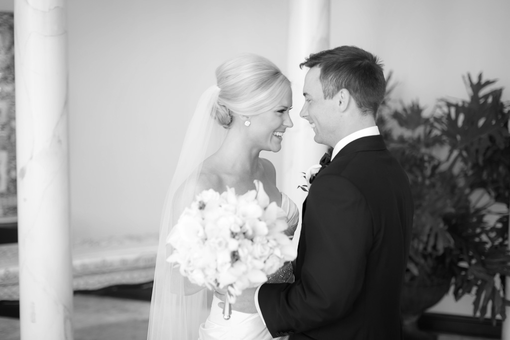 Saint Louis Wedding Photographer Ashley And Scott At Ladue Chapel And The Saint Louis Club