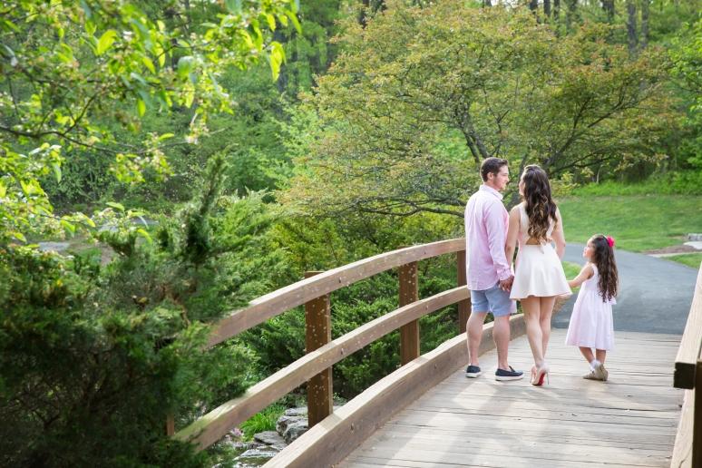Saint Louis Engagement Photographer Nikki And Michael At Castlewood State Park